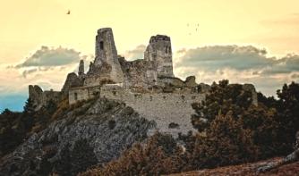 castle_cachtice_by_eugen77-d5de9y0